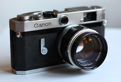 Fotografia della fotocamera a telemetro Canon P
