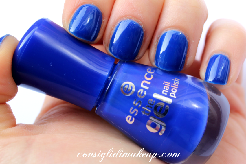 NOTD: The Gel Nail polish 31 electriiiiiic - Essence
