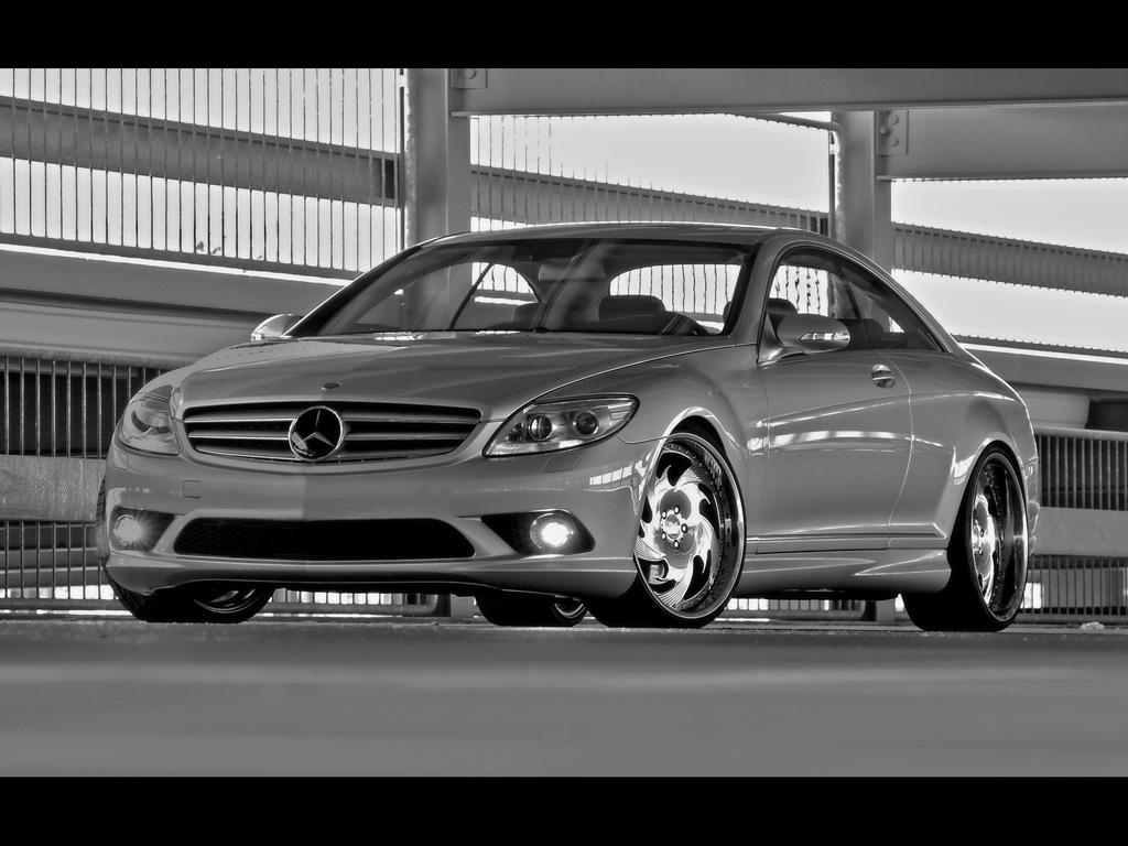 http://1.bp.blogspot.com/-jnqYhwg0N2o/ThNkVY-ANSI/AAAAAAAAG0U/4PvmtszBfbg/s1600/Mercedes-Benz+CL+45+Wallpapers+1.jpg