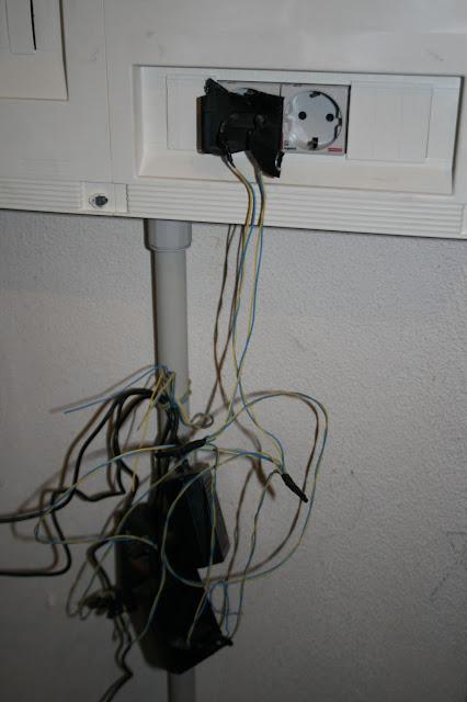 Recinto de instalaciones de telecomunicación superior.