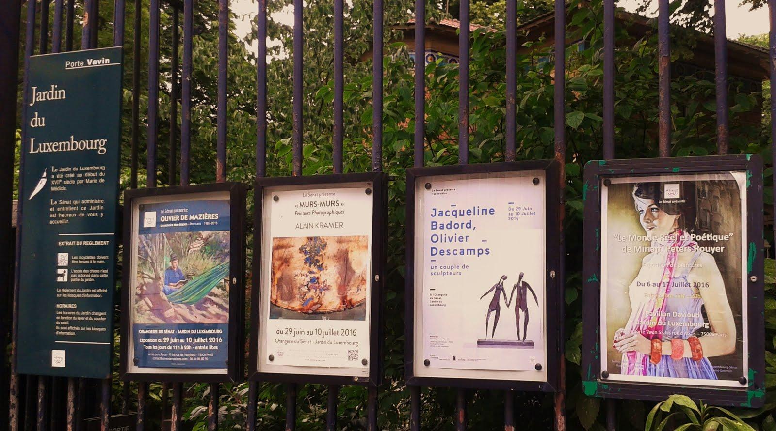 Quelle joie et honneur de voir mon affiche sur les grilles du jardin du Luxembourg à Paris