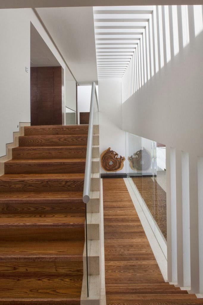 Stairs in Casa del Agua by Almazán Arquitectos Asociados