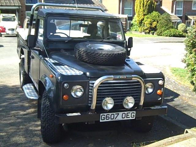 land rover defender pickup for sale land rover defender hi cap pick up for sale. Black Bedroom Furniture Sets. Home Design Ideas
