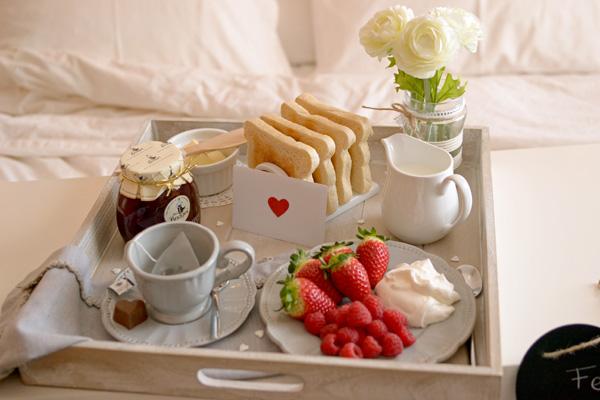 La chica de la casa de caramelo 9 ideas para san valent n - Preparar desayuno romantico ...