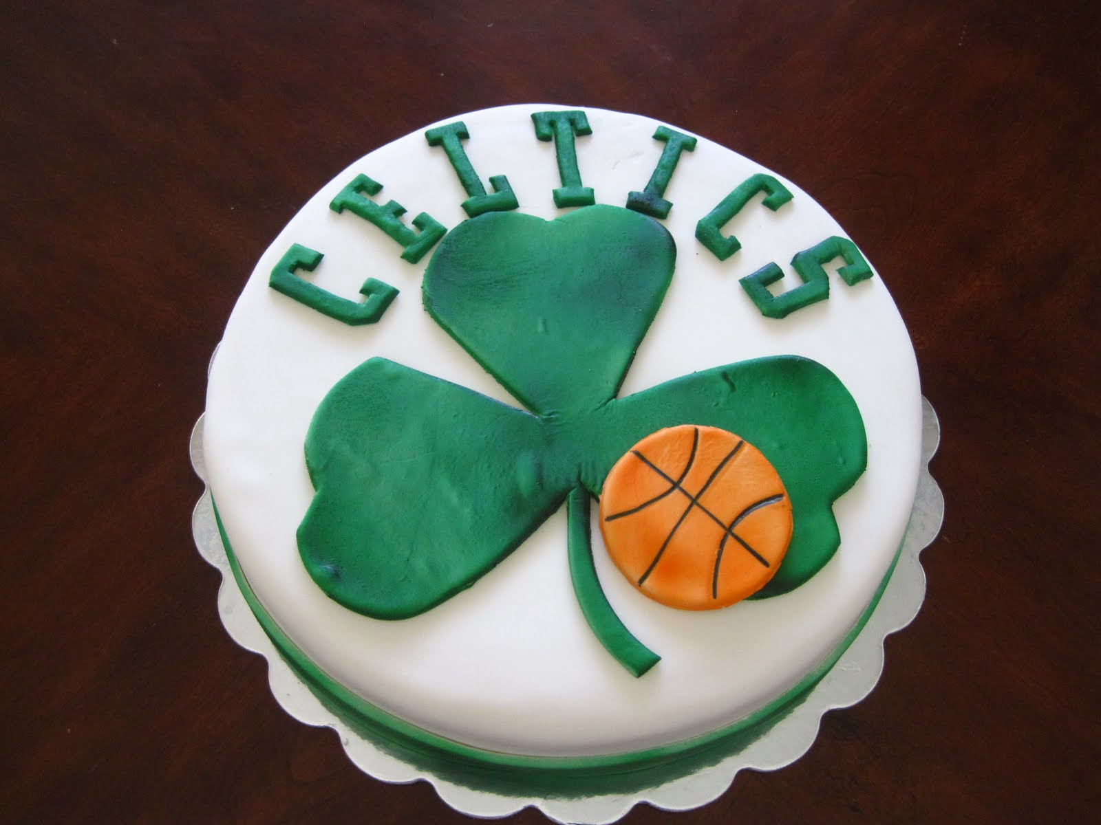 Megans Creations Boston Celtics Cake And Headstone Grave Cake