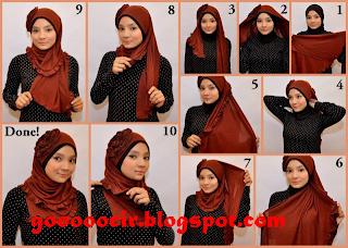 Memakai Jilbab