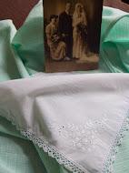 TE KOOP: diverse vintage zakdoekjes en gehaakt bruidszakdoekje