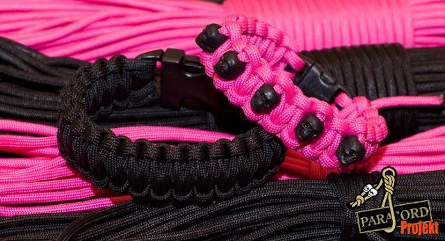 Damska bransoletka z paracordu różowa z czaszkami czarnymi