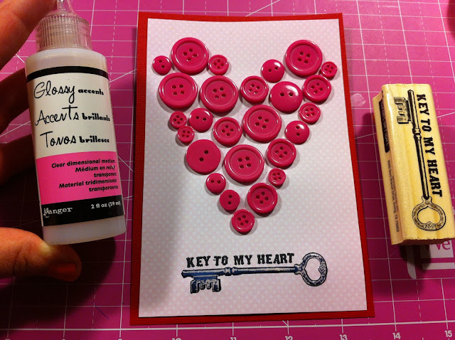 Valentines-Day-Buttons-Heart-Key-Stamp