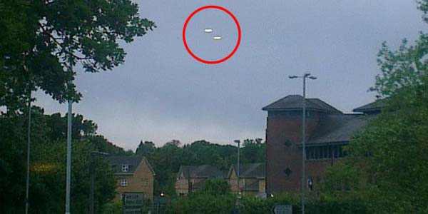 Dua UFO Kembali Muncul Di Inggris