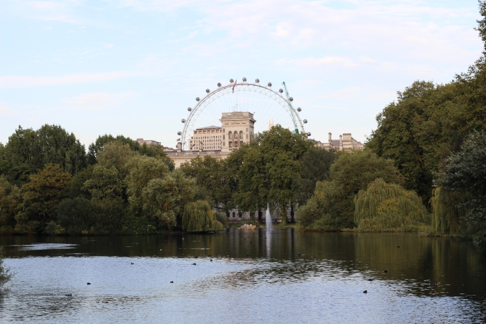 London Tourist where to visit go London Eye St James Park