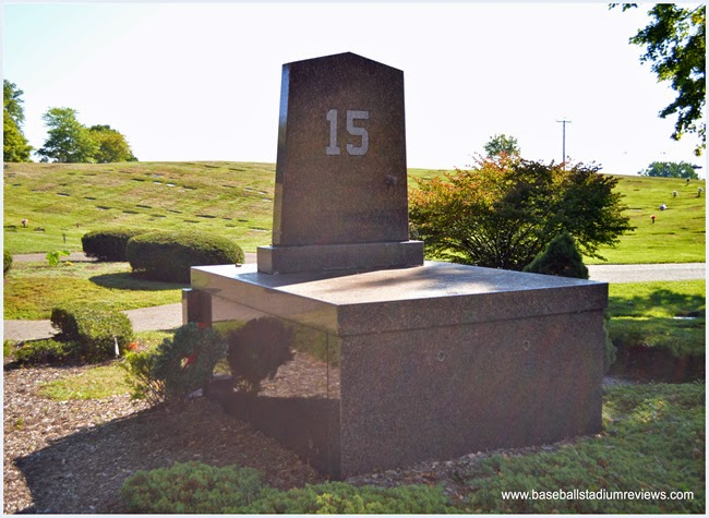 Rear view of Thurman Munson grave stone