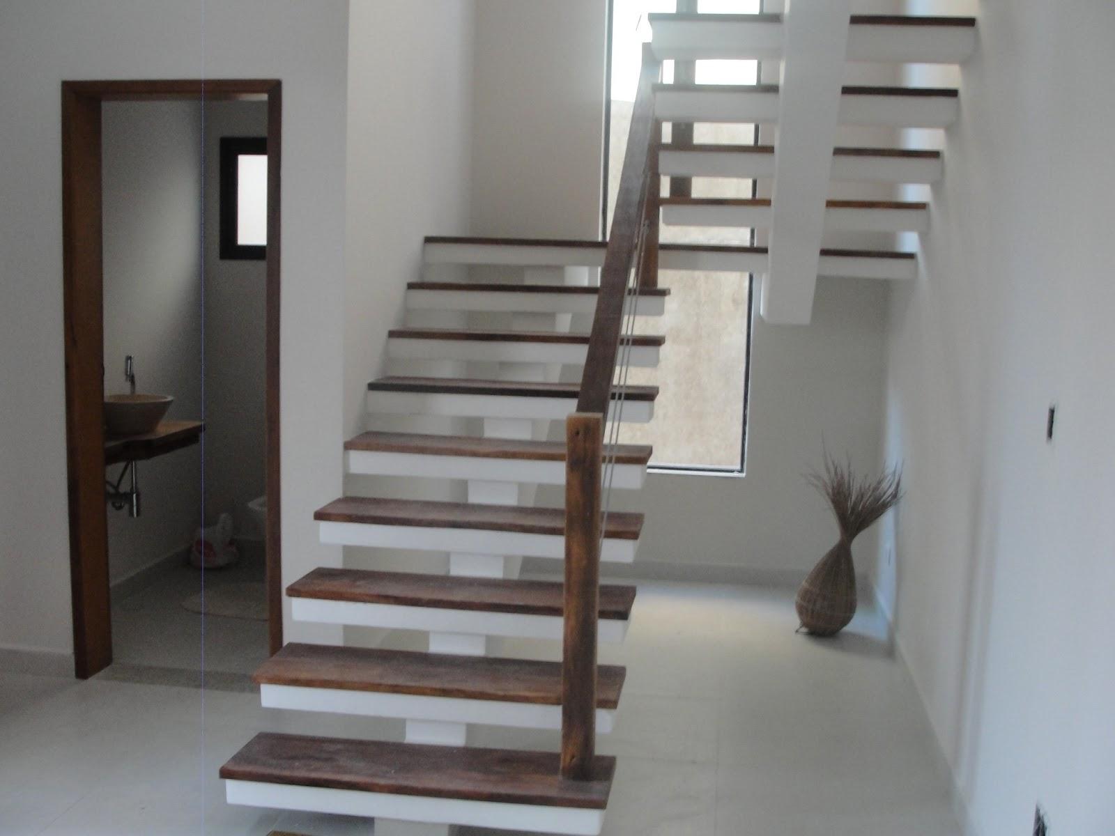 Escada de Demolição #5B4C47 1600x1200