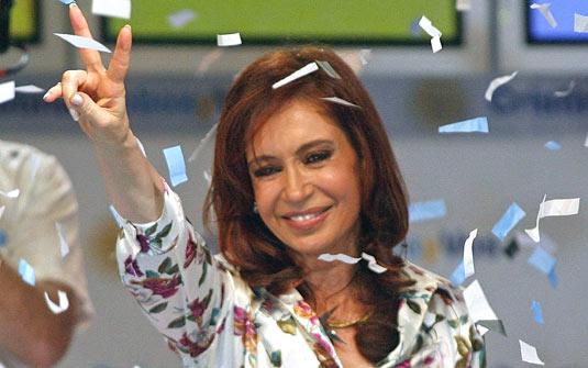 Argentina: OPOSIÇÃO DIVIDIDA FAVORECE REELEIÇÃO DE CRISTINA KIRCHNER