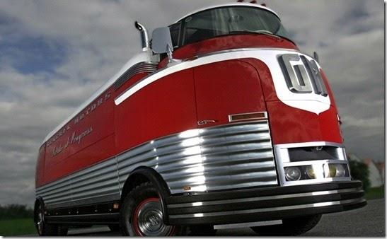 General Motors Futurliner Parade of Progress Spotted in ...