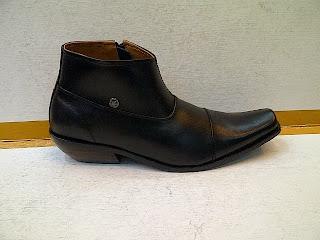Sepatu Gianny Versace boot|terbaru 2013-2014|
