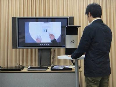 Công nghệ biến giấy thành giao diện cảm ứng