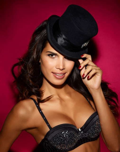 Raica Oliveira - ultimo lingerie photoshoot