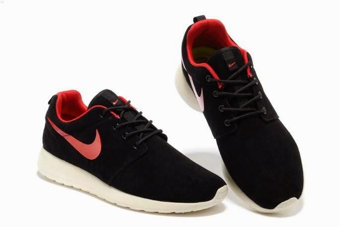 Hot Sale Nike Roshe Mens Running Shoes Wool Skin Online Black Red