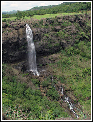 Gigantic Waterfall from Madhe Ghat