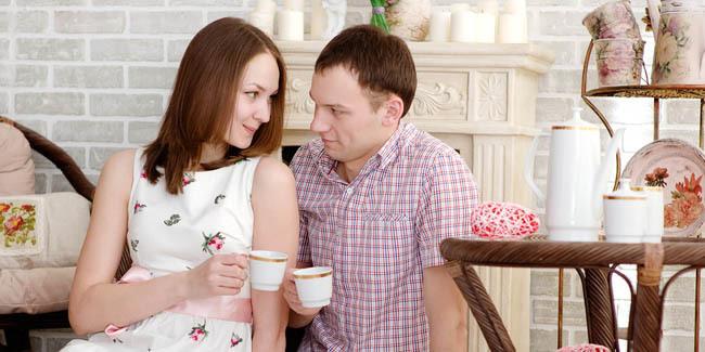 5 Sikap Wanita yang Bikin Pria Jatuh Hati