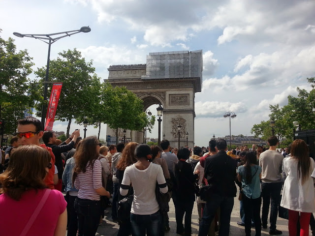 arc-de-triomphe-paris-france-dreamersride