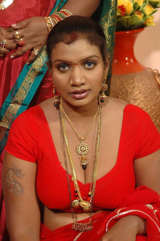 Tamil Actress Mallika Hot Photos unseen pics