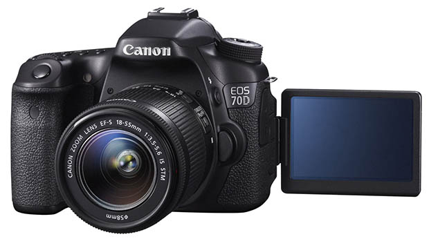 Fotografia della Canon EOS 70D con il monitor orientabile