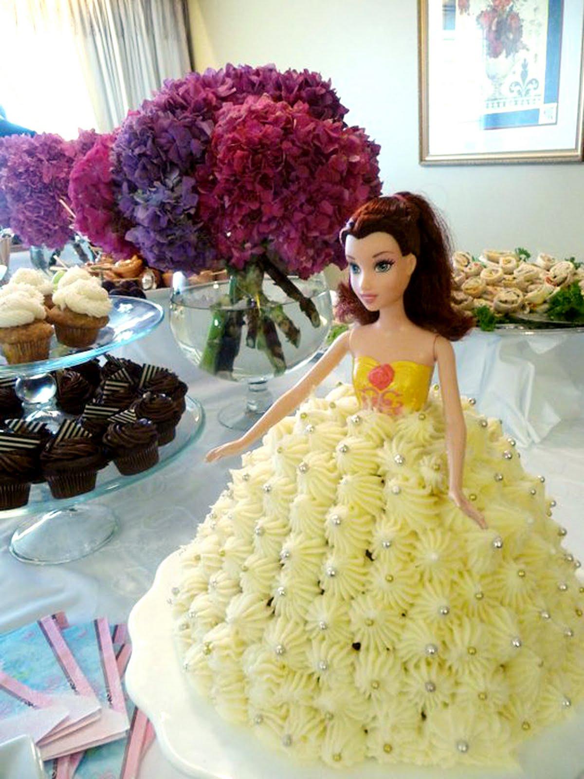 The Tomato Snob: Let them eat Barbie cake