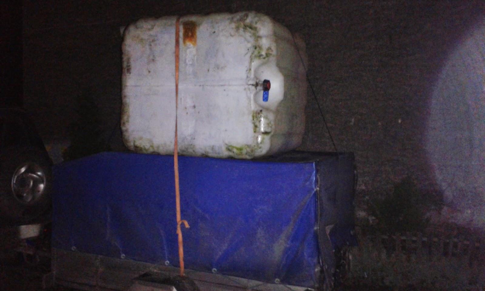 Przewożenie zbiornika dla ryb - akwaponika