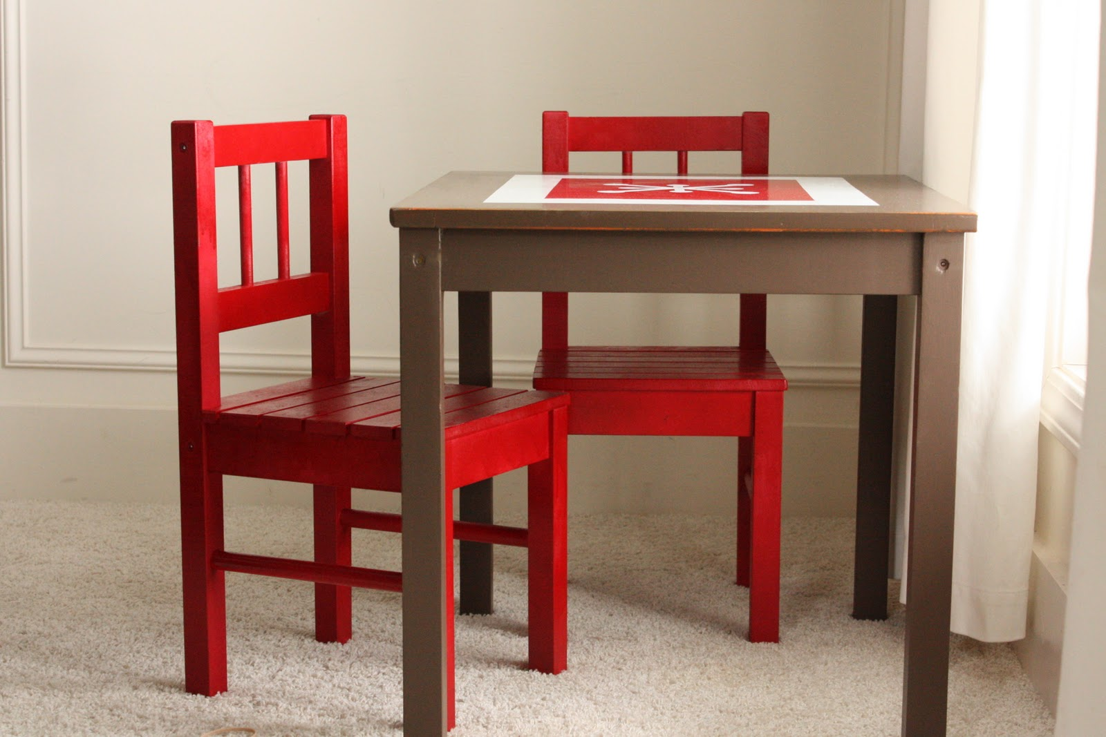 Fabulous I found this little table and chair set at the Goodwill It us a nice set from IKEA that someone tried to paint