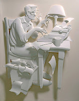 Autor beim Schreiben