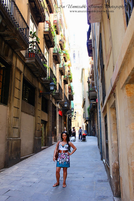 Travel Vacation Photos Marj Lago indulging the beauty of Barrio Gotico Vacation Barcelona Spain Barrio Gotico Travel guide Apartments Hotels Restaurants