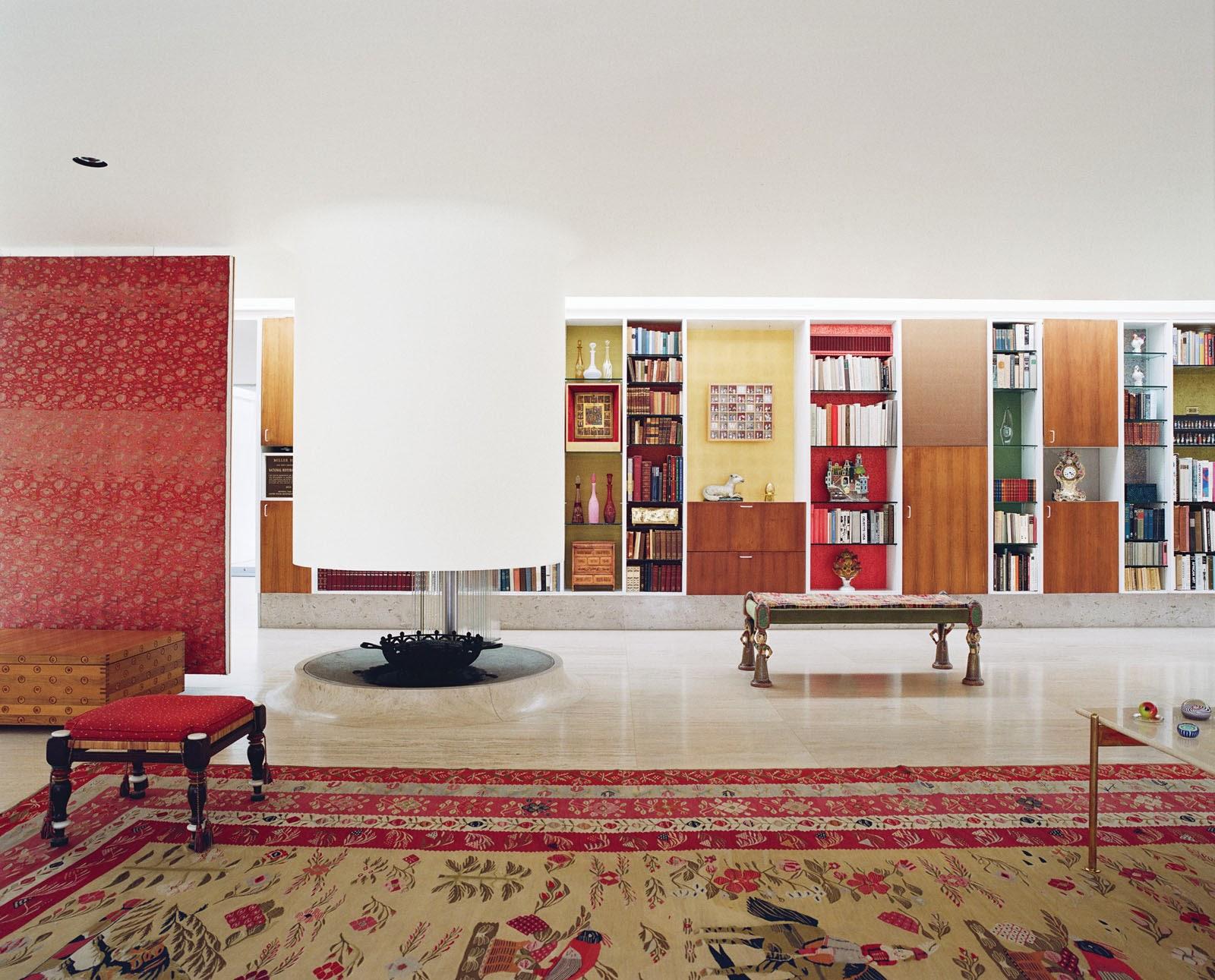 Miller House mit Marmor-Fußboden und Grand Piano