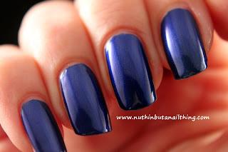 Maquillage BLVD swatches bluesy