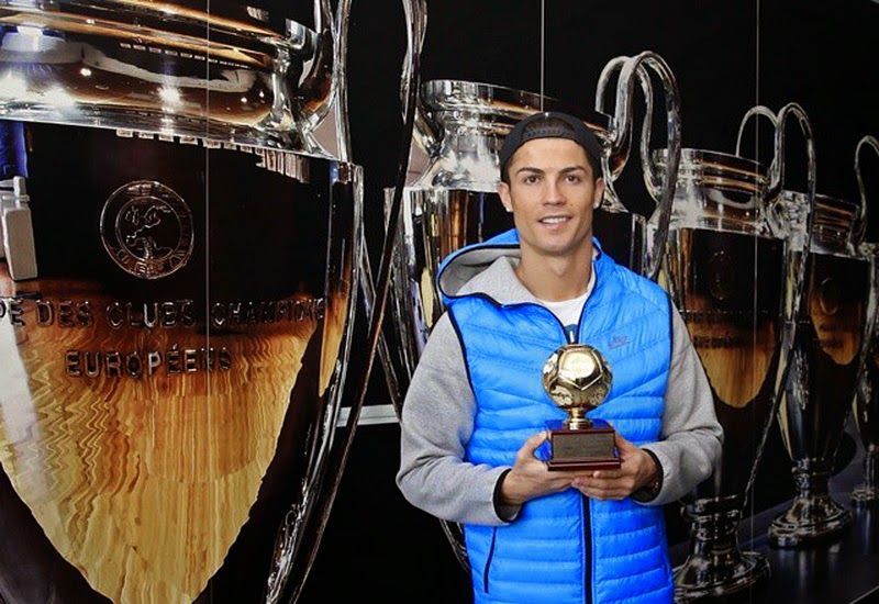 Ronaldo Kembali Raih Gelar