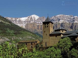 Aínsa fue la capital del antiguo reino del Sobrarbe.