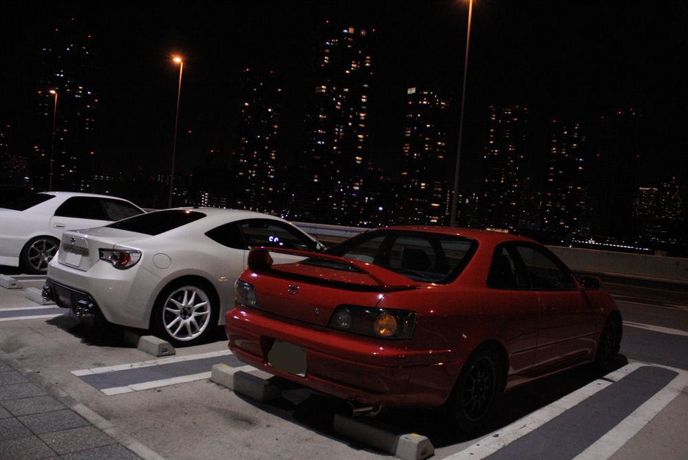 Toyota GT86 & Toyota Corolla/Sprinter AE111, japoński sportowy samochód, motoryzacja, jdm, zdjęcia, fotki, photos, tuning, nocna fotografia, samochody nocą, po zmroku, auto