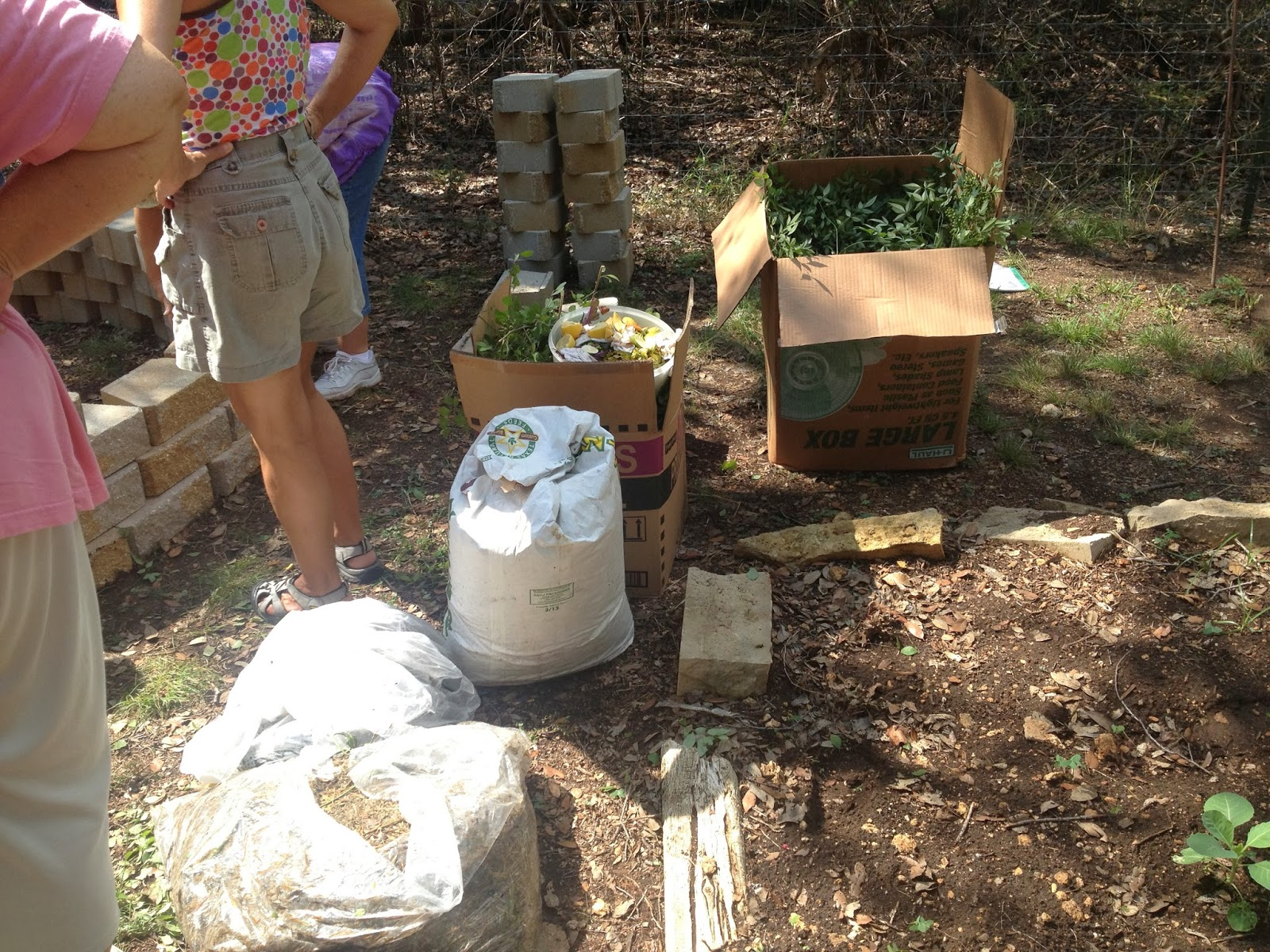Keyhole Garden Workshop with Deb Tolman | Meridian World School Garden