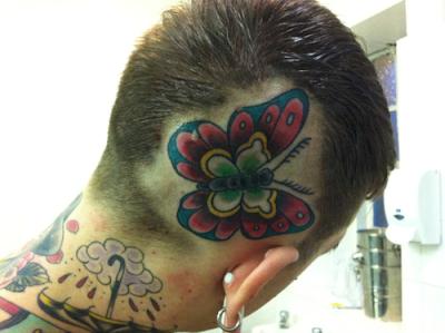 butterfly tattoo-τατουαζ πεταλουδας στο κεφαλι