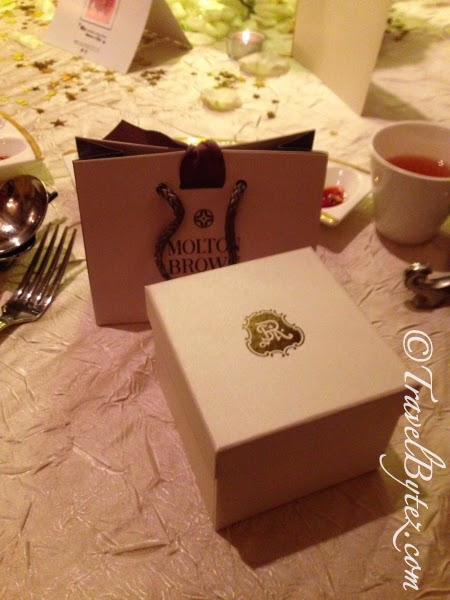 The wedding flavors were just as memorable: an adorable teacup and molten brown products.