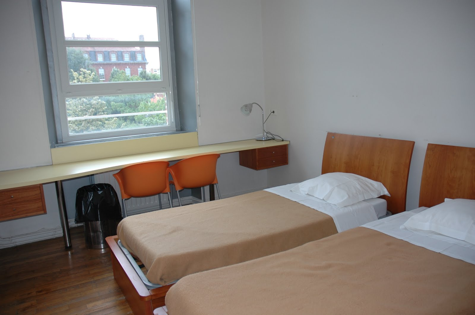 Nos chambres auberge de jeunesse d 39 amiens fuaj for Chambre auberge