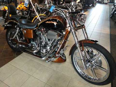 2012 Harley-Davidson FXDSE2 Screamin Eagle Dyna
