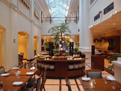 InterContinental Singapore Olive Tree