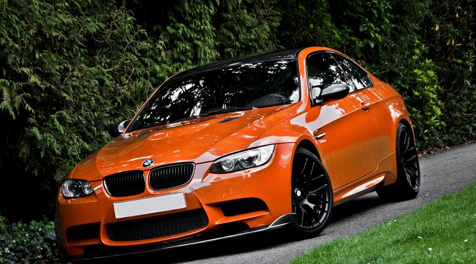 China garage we just love cars bmw m3 orange for Garage auto orange