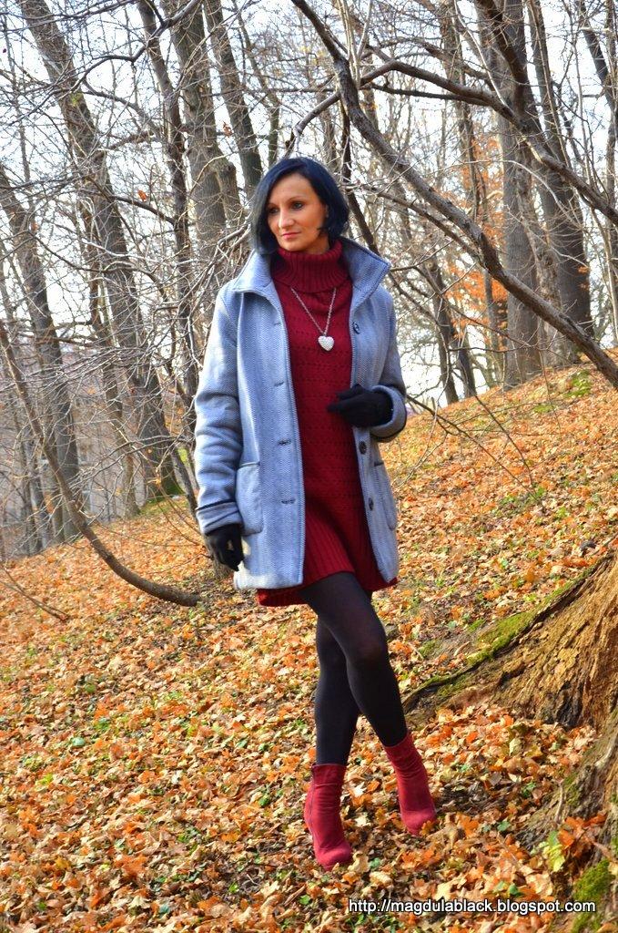 Ciepłe, długie swetry idealne na jesienno-zimowe chłody.