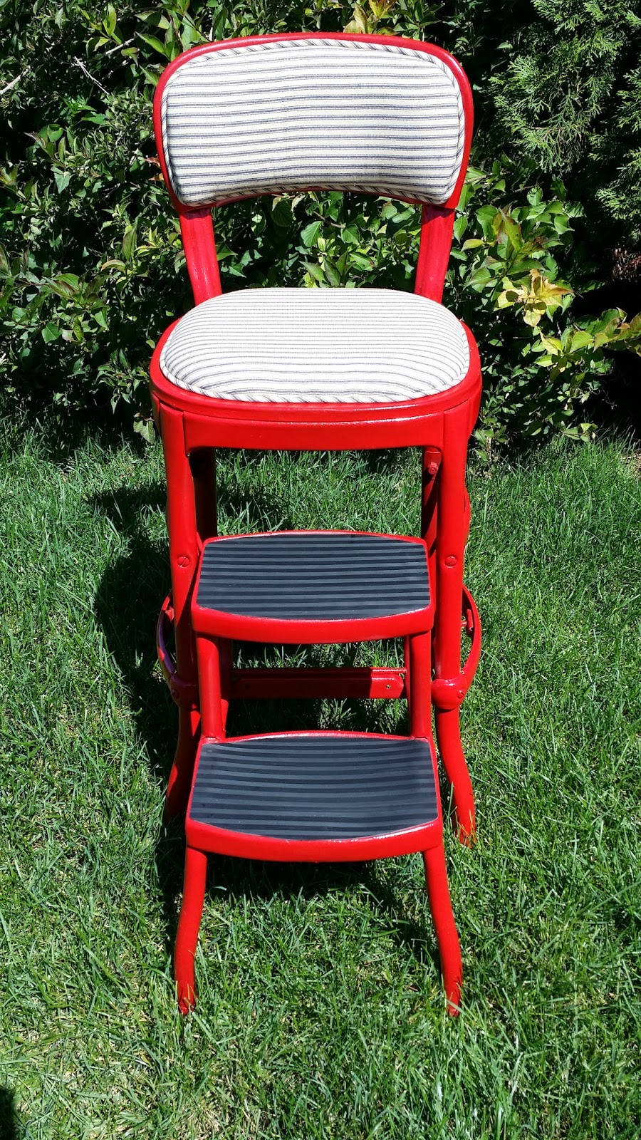 Before and After Vintage Metal Step Stool DIY : vintage metal step stool chair - islam-shia.org