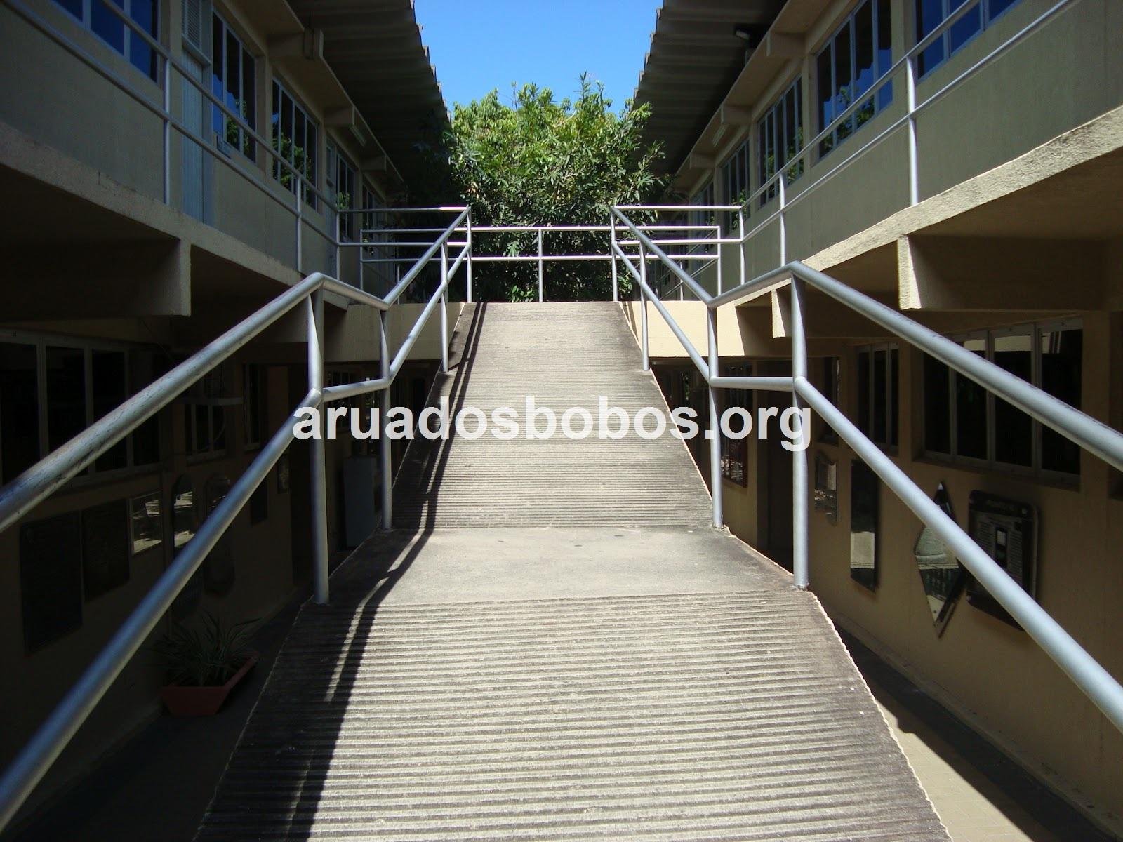 Rua dos Bobos: Acessibilidade na Unifor. Cadê? #126AB9 1600x1200 Banheiro Cadeirante Abnt