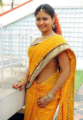 Amrutha Valli in saree