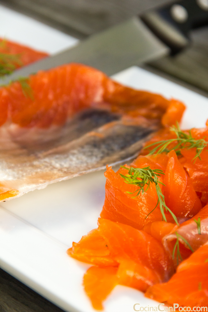 Recetas de navidad como hacer salmon marinado en casa for Como se cocina el salmon